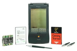 Apple Newton Messagepad 110,  4mb Flash Card,  Getting Started Card,