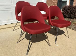 Set Of Four Knoll Saarinen Executive Armless Chairs Dining Or Office
