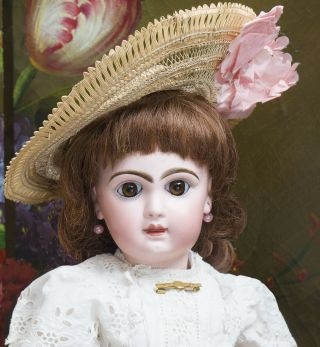"19 "" (48cm) Antique French Jumeau Bebe Doll Size 8,  Closed Mouth,  Antique Clothes"