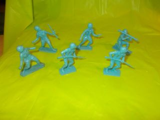 """Vintage Group Of Six 3 """" Ww Ii Us Army Soldier Figures"""