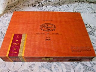 Vintage Cigar Box Padron No.  1 Serie 1926 Empty Wooden Storage Box Hand Crafted