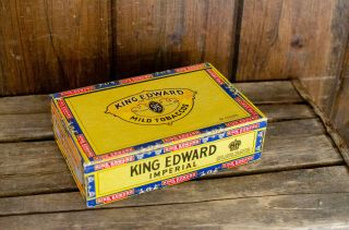 Vintage King Edward Imperial Cigars Box