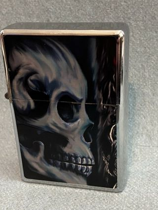 Star Lighter - Oversized With Skull - M Series