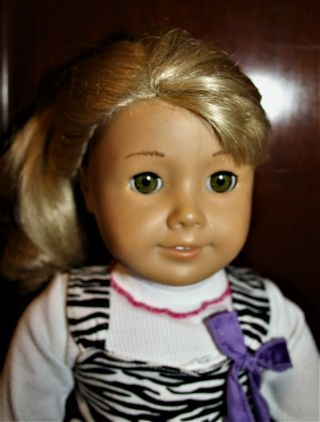 Vintage American Girl Doll Ash Blonde Hair Bangs Green Eyes Ag Clothes