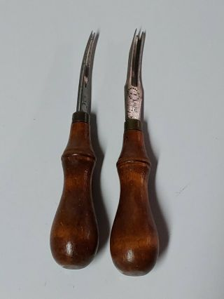 2 Two Antique C.  S.  Osborne Leather Tools - 0 & 3/16 -