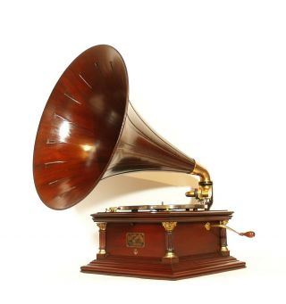 1907 Victor Vi Phonograph W/original Spear Tip Wood Horn Outstanding